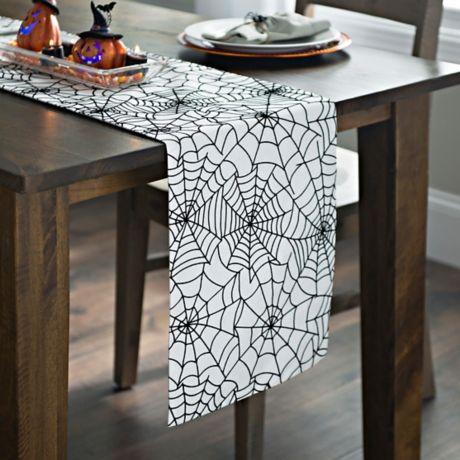 spider web table runner for Halloween