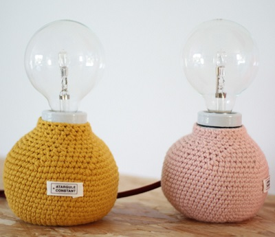 DIY table lamps with wool knitting clothes in yellow and pink