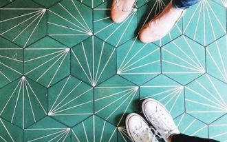 hexagon Marrs Green tiles with white line accents