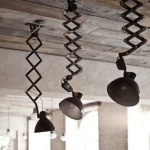 Industrial Pendant Lights With Heavy Metal Support In Black