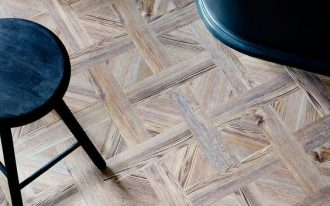 timber like vinyl flooring for modern bathroom