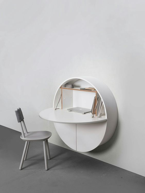 Pill Wall Desk in white