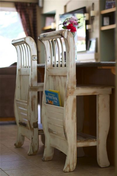 old look chairs with a pocket behind