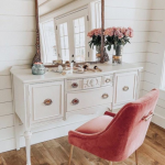 Luxurious Dressing Table With Mirror Velvet Chair In Pink